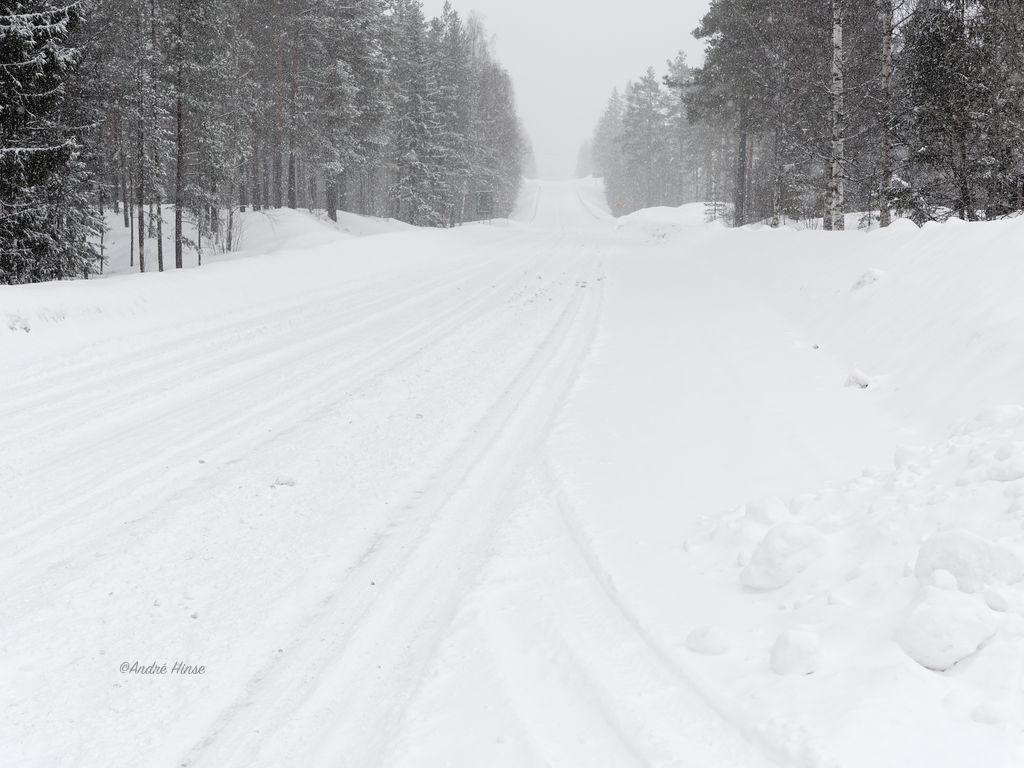 E45 in Schweden bei extremen winterlichen Bedingungen