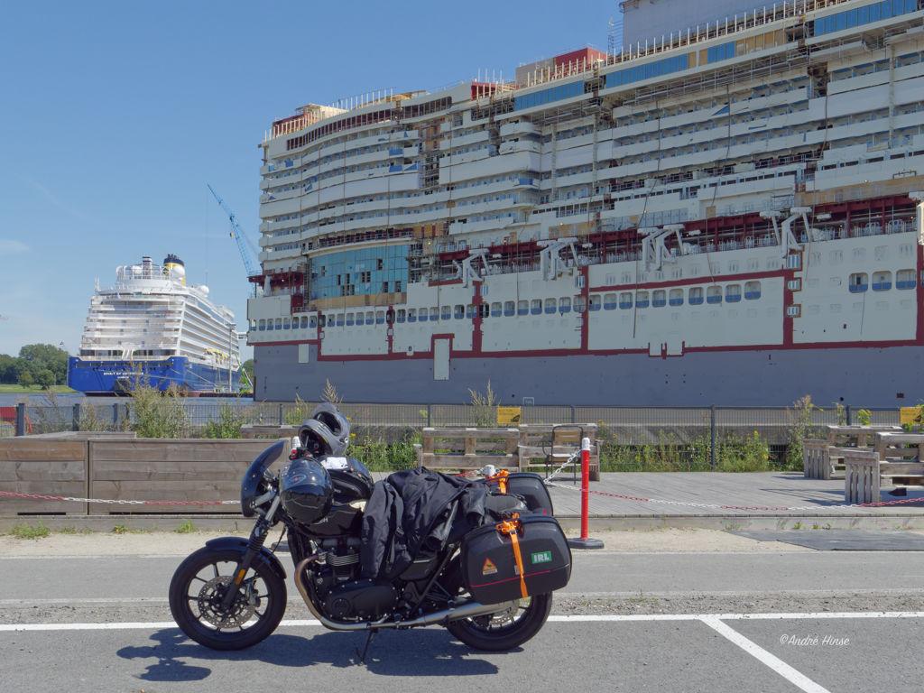 Rast an der Mayer Werft zu Papenburg