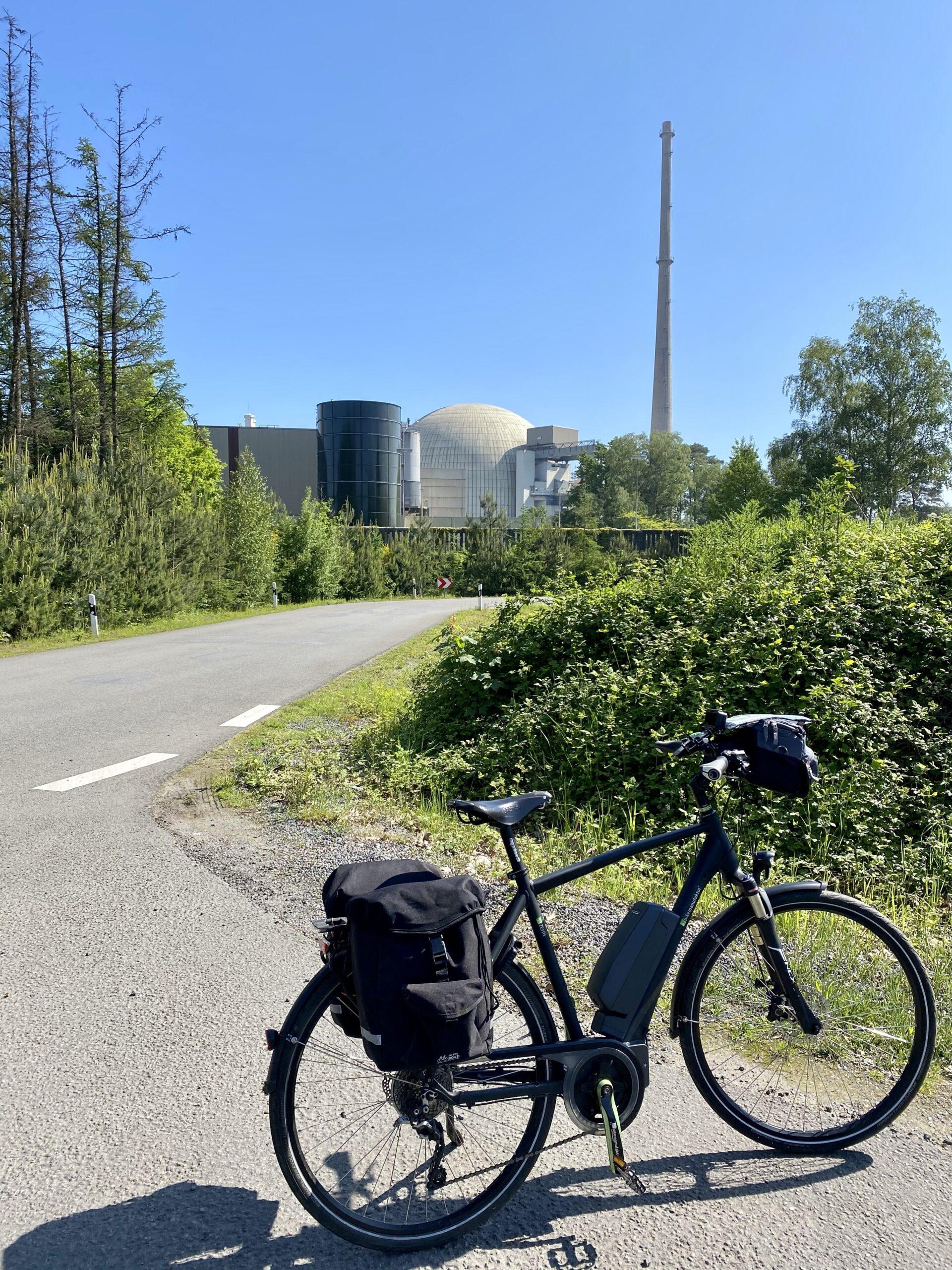 Radtour von Haltern nach Greetsil, Kernkraftwerk Lingen