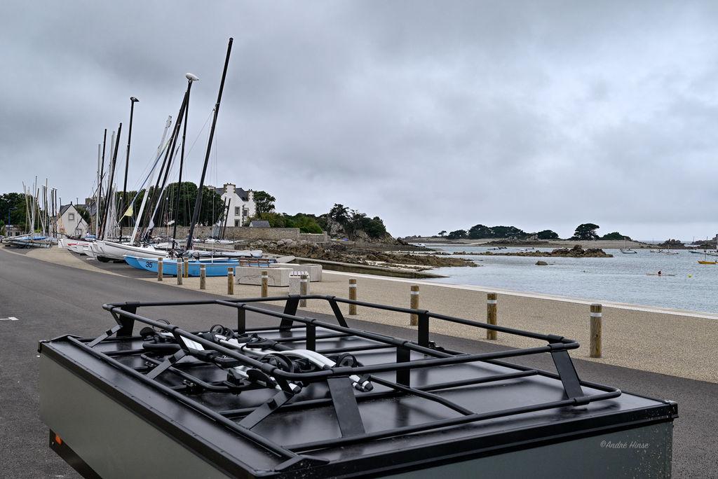 Combi-Camp-Valley an der Nordküste der Bretagne